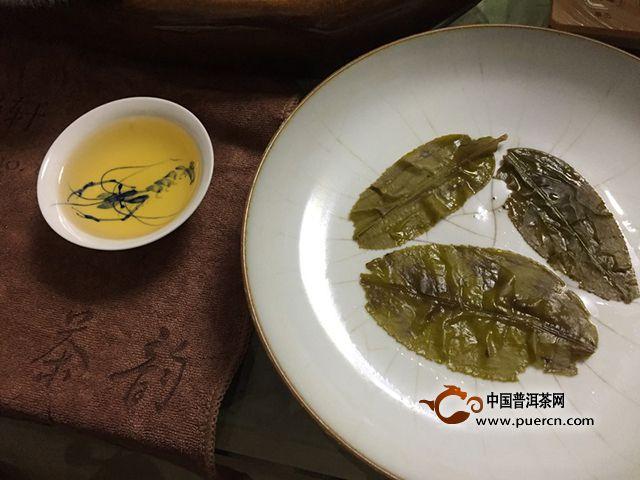 外显粗犷,内藏香甜——2017年云章 昔归古树(黄片)生茶评测报告