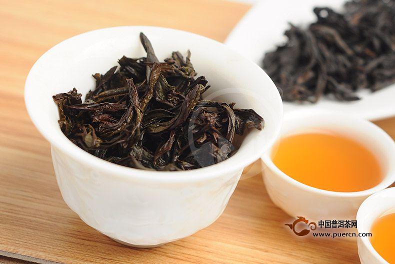 用比较简单的方法鉴别武夷岩茶