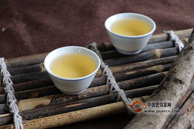 茶和水的相遇,是一场美妙的邂逅