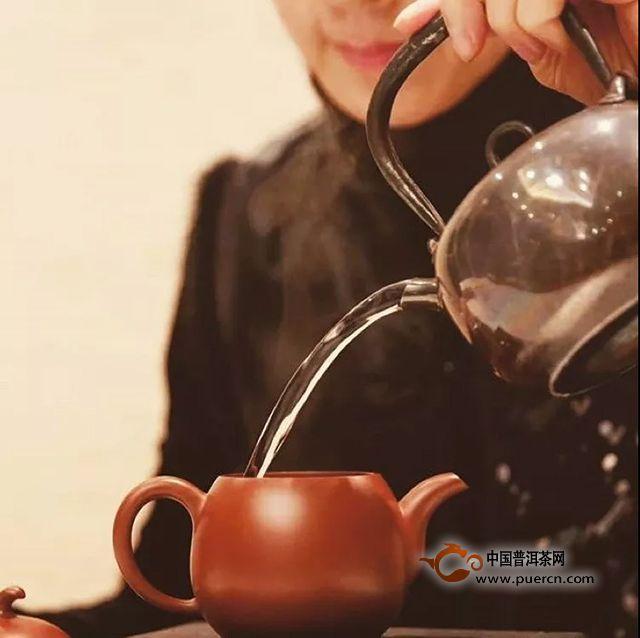 饮茶先醒茶,茶香味更醇