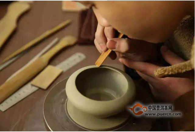 紫砂壶收藏是大壶值钱还是小壶值钱?