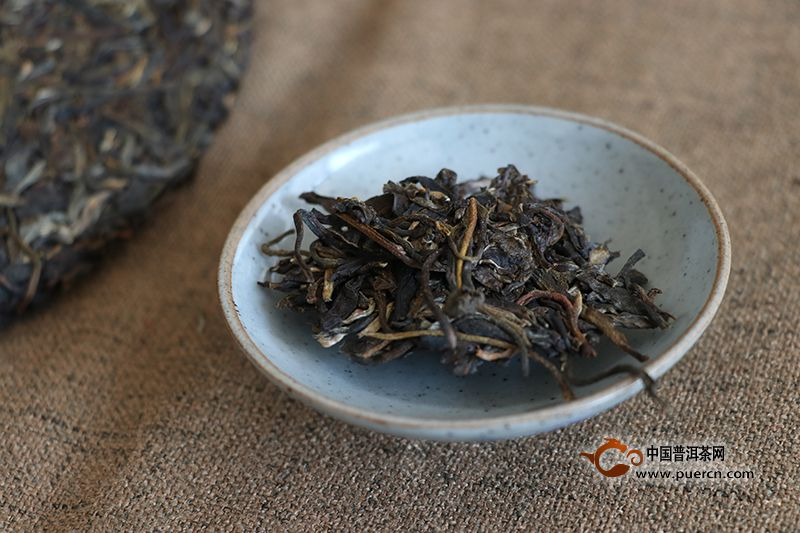 压紧的普洱茶生茶怎么泡更好喝?