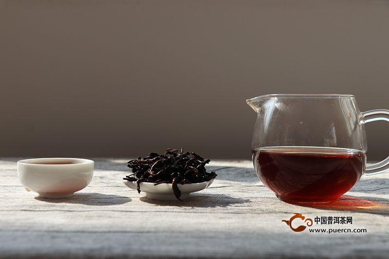 压紧的普洱熟茶冲泡方法