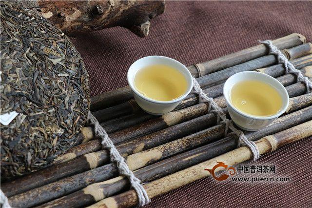 如何区分普洱茶老茶和新茶?老茶和新茶哪个好?
