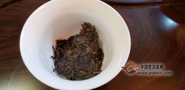 金凤陈香-德凤普洱金芽熟茶试用评测