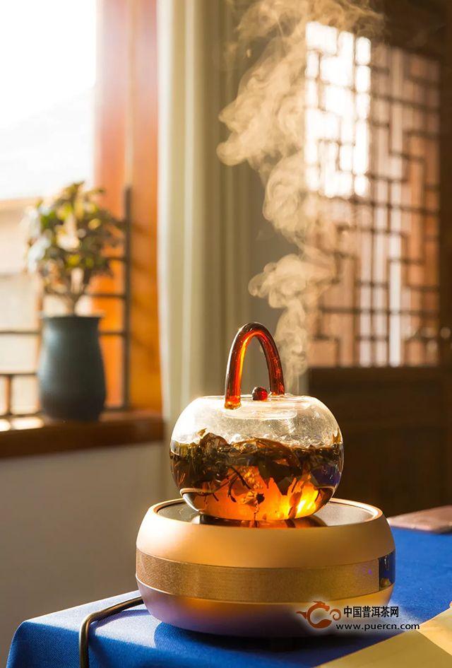 老茶,素日里的温厚锦华