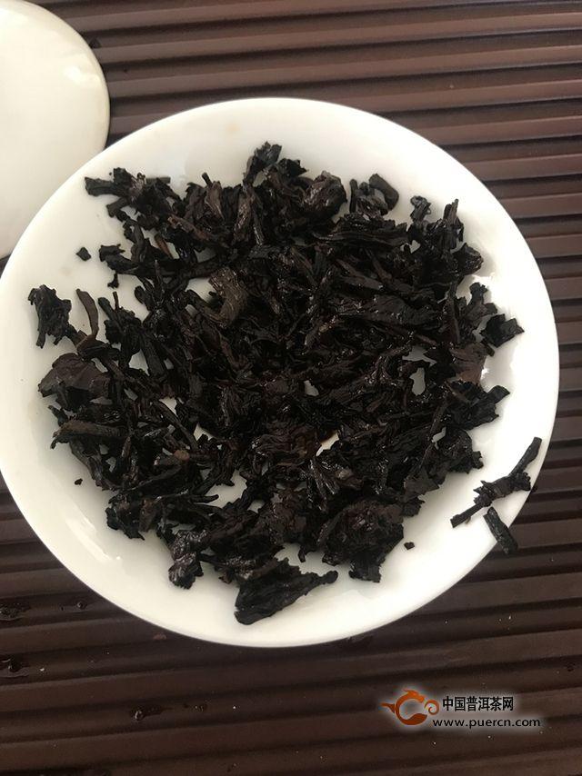 品饮润元昌经典三五七熟茶 ,感受甜润风