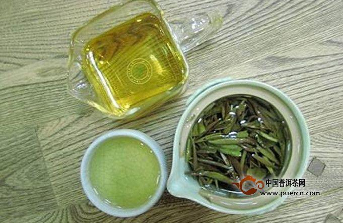 白牡丹茶是什么香味