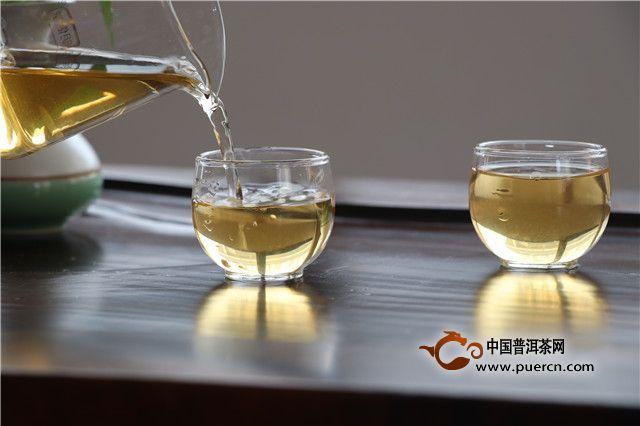 普洱茶,于工作的同时享受岁月的味道!