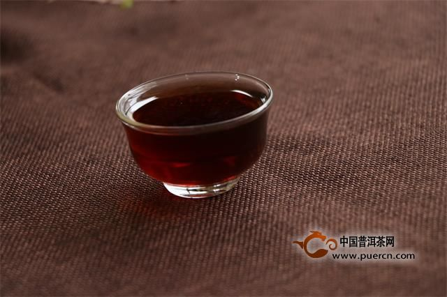 普洱茶的功效 — 降血脂
