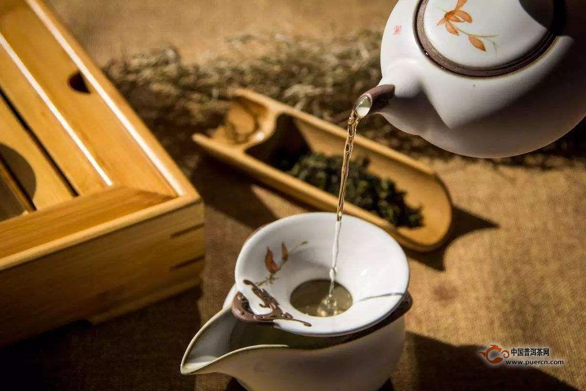 茶水洗脸的5大误区——别让坏方法毁了好皮肤