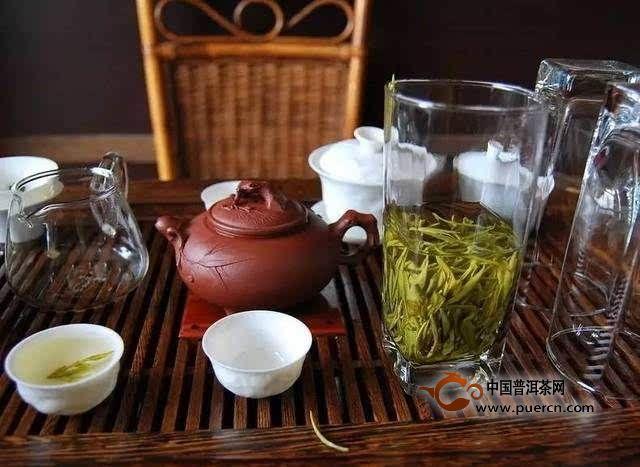 """喝茶和品茶的区别———""""一人喝茶,二人品茶"""""""