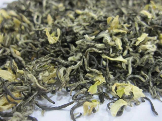 碧潭飘雪花茶的品质特点