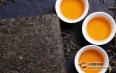 在黑茶类中,为什么茯砖茶也会开金花