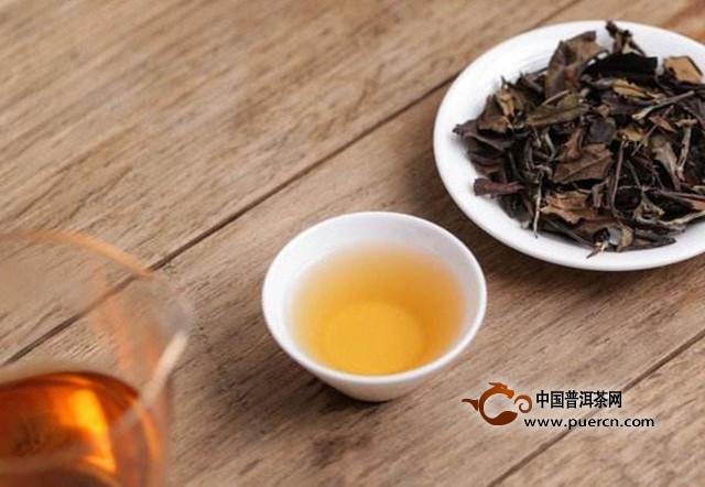 福鼎白茶有什么功效?适合哪些人群饮用