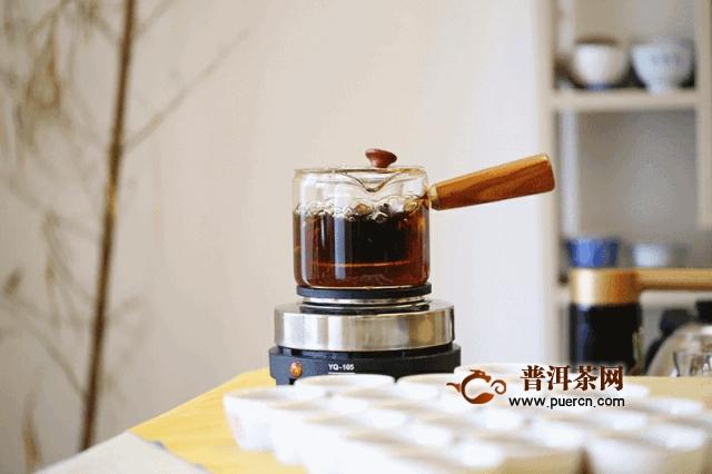 解惑茶铺 如何鉴别茶饼仓储?每天喝多少茶合适?新手入门?