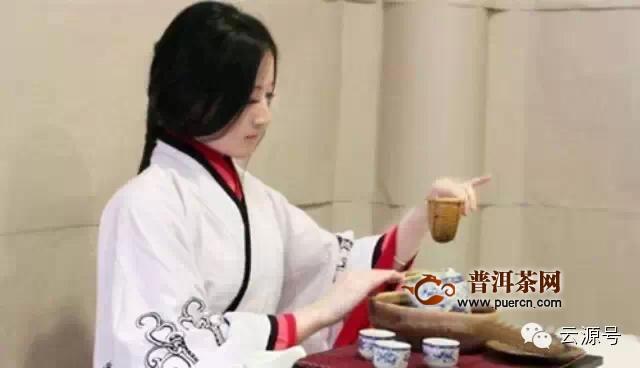 云源号科普:男人和女人喝茶的区别,看看准不准!