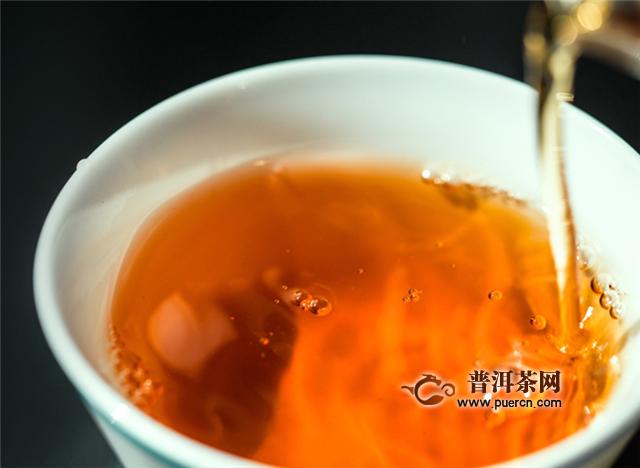 正山小种泡红茶的步骤,