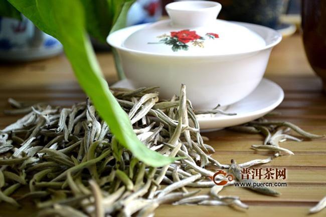 福鼎白茶:白毫银针的介绍