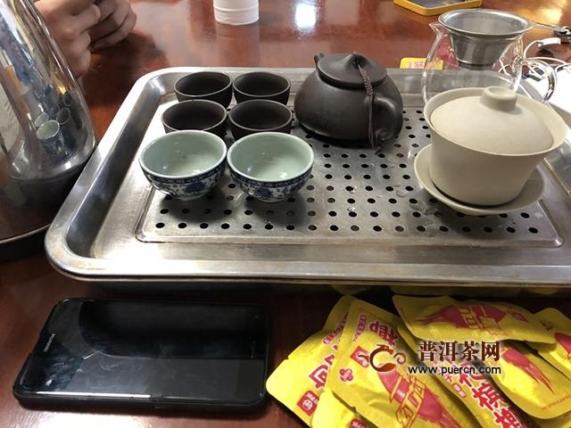 2015年八角亭飞台春蛰圆茶试用评测报告:茶饮八角亭,健康伴您行