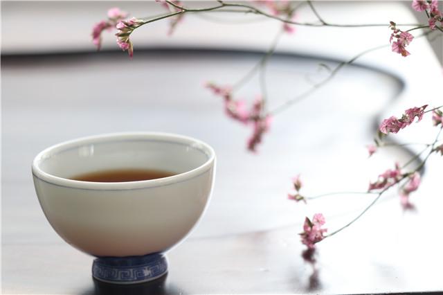 茶,总会给你最贴心的关怀