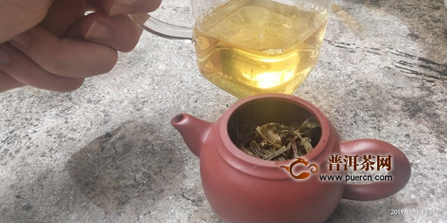 2018年八角亭黎明普洱生茶357克试用评测报告