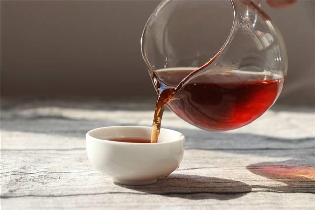 光看茶汤可以鉴别茶叶的品质吗?