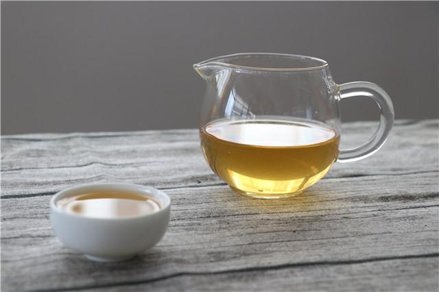 初识普洱茶:普洱茶品饮之回甘与生津