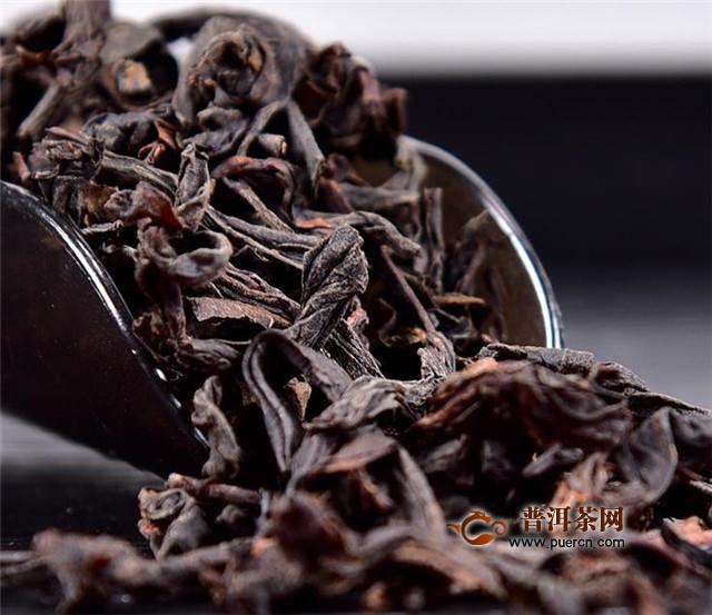 1,正山小种和大红袍的颜色区别   正山小种和大红袍并不是同一种茶叶图片