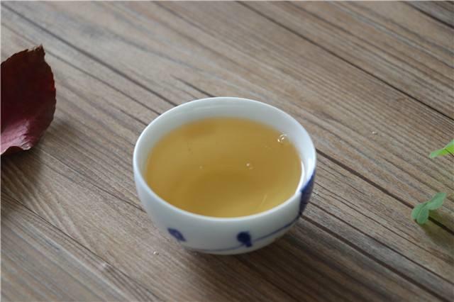 视、听、嗅、味、触五招轻松解读茶叶好坏