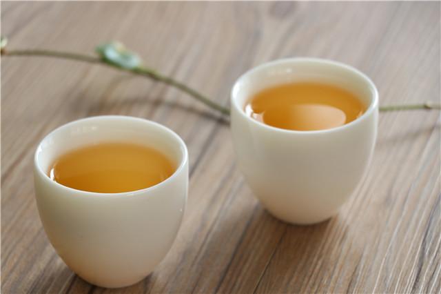 初识普洱茶:普洱茶品饮之喉韵体验