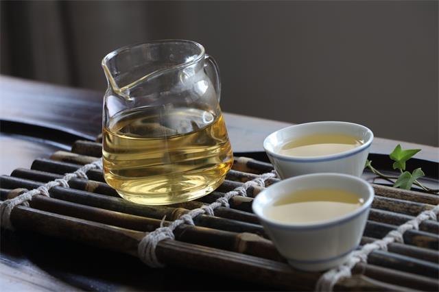 带你直击普洱茶的七大益处!