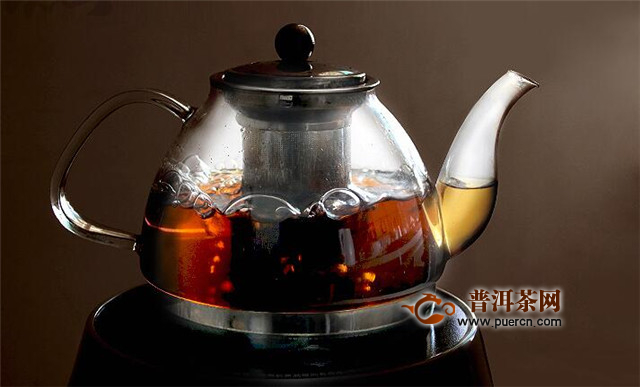 福鼎白茶饼怎么煮?中早期饼茶比散茶适合煮!