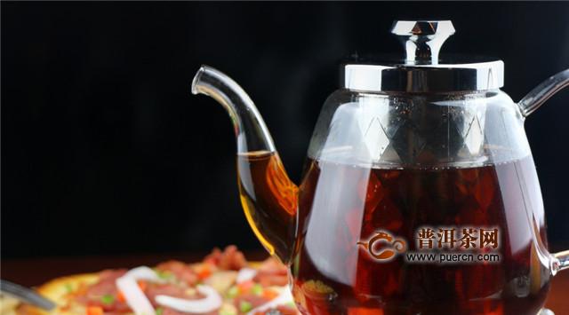 夏天喝绿茶冬天喝红茶,