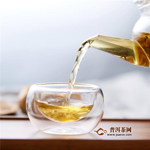 如何购买红茶?手抓、眼观、鼻嗅、口尝