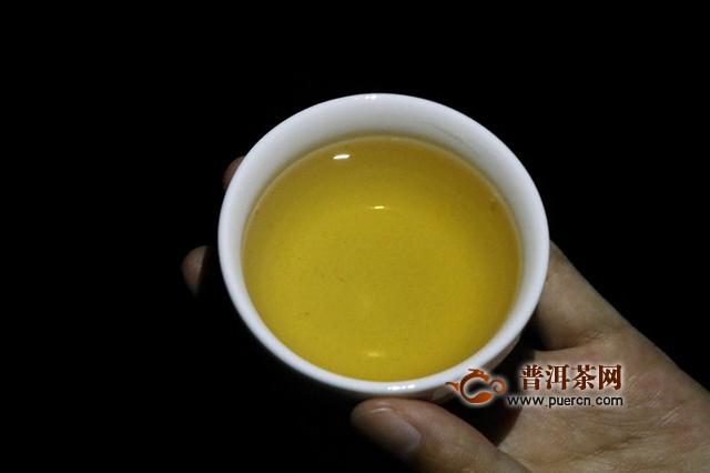 独特的口感和鲜明的特色:2016南诏金芽沱茶普洱茶生茶试用评测报告