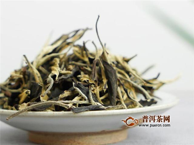 政和白茶制作工序,散茶和茶饼的制作有区别!