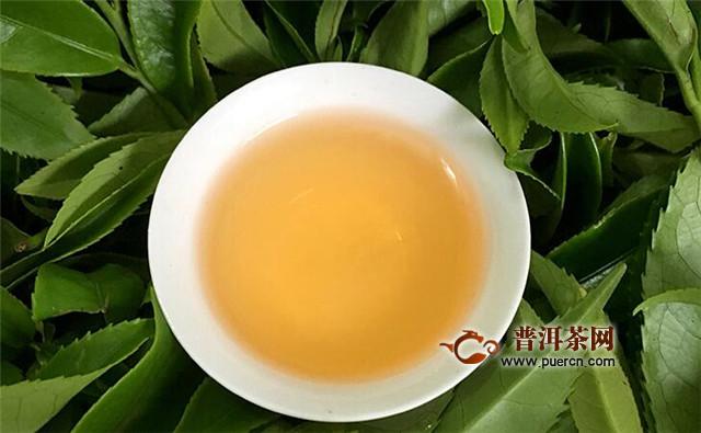 乌龙茶茶具的选择,首推紫砂壶和盖碗!