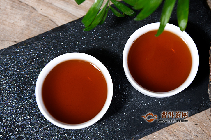 脂肪肝晚上喝黑茶好吗?喝黑茶脂肪肝有好处!