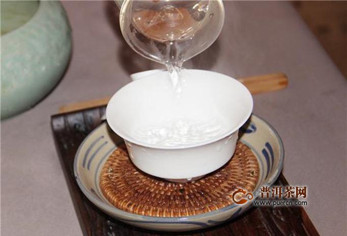 茉莉花茶到底用多少温度的水泡