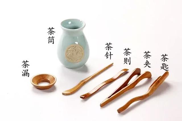 普秀茶小课021,盖碗茶艺都有哪些茶具?分别有什么功能?