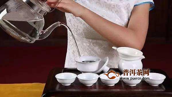 铁观音泡多长时间,铁观音茶叶泡多久最好