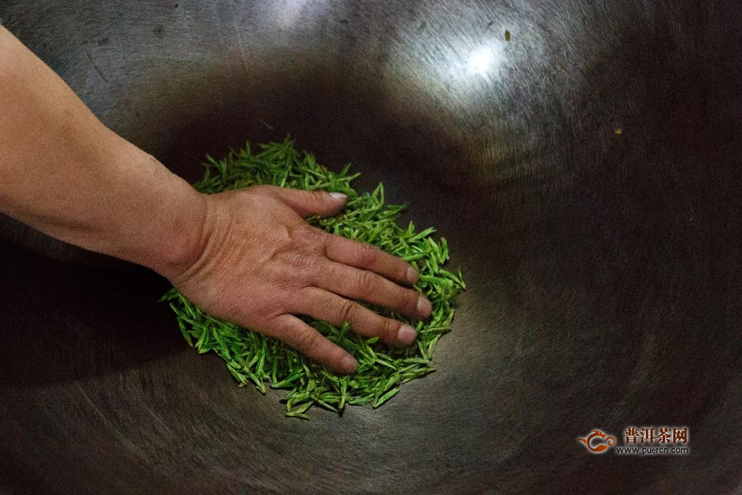 制绿茶为什么要杀青