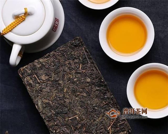 黑茶的功效,中年人喝黑茶4大功效!