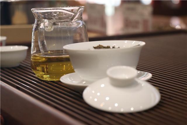 """""""茶企高端化品牌化 普洱茶品质区块链追溯 茶产业增长极"""