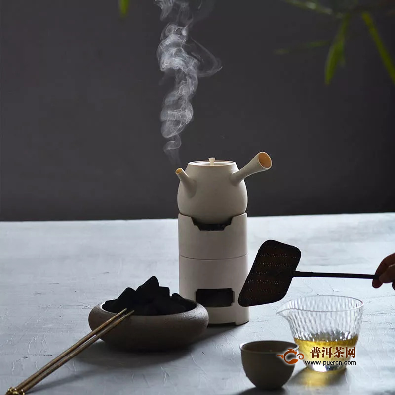 冬天适合喝普洱茶吗?