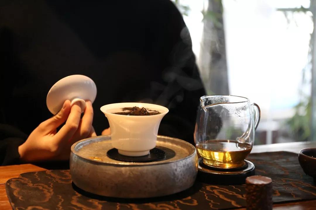 以茶会友 2019两岸斗茶茶王争霸赛多位茶王出炉