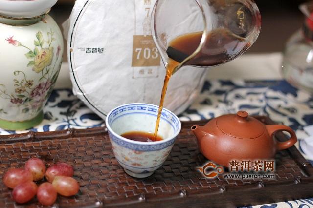 普洱茶究竟是茶质重要,还是名号重要?