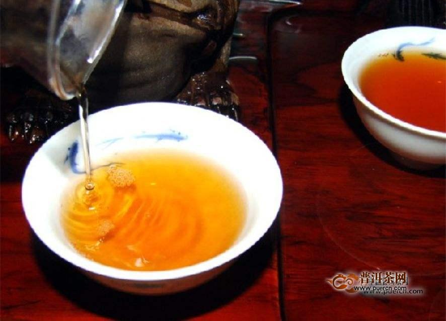 喝陈年普洱茶需要先醒茶