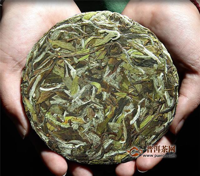 白茶收藏茶饼还是散茶?空间允许藏散茶